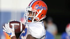 Behind-the-Scenes look at the football activities of Florida players during the shutdown