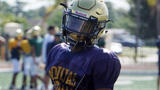 Four-star corner Davis could return to Florida for official visit